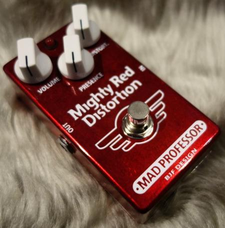 nw_mighty_red_distortion