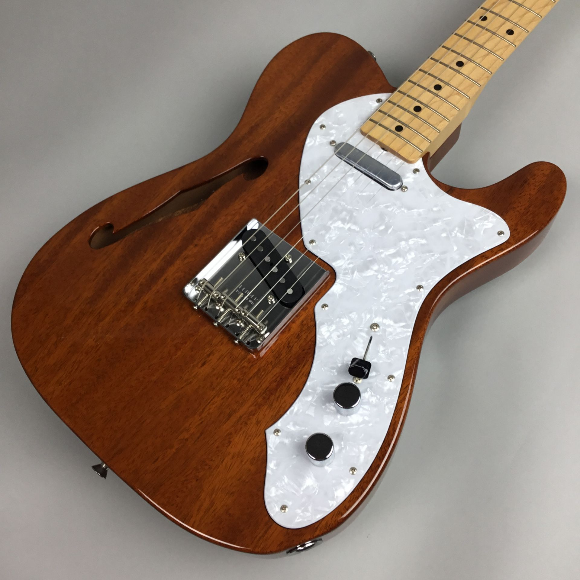 Fender MADE IN JAPAN TRADITIONAL 69 TELECASTER? THINLINE Natural