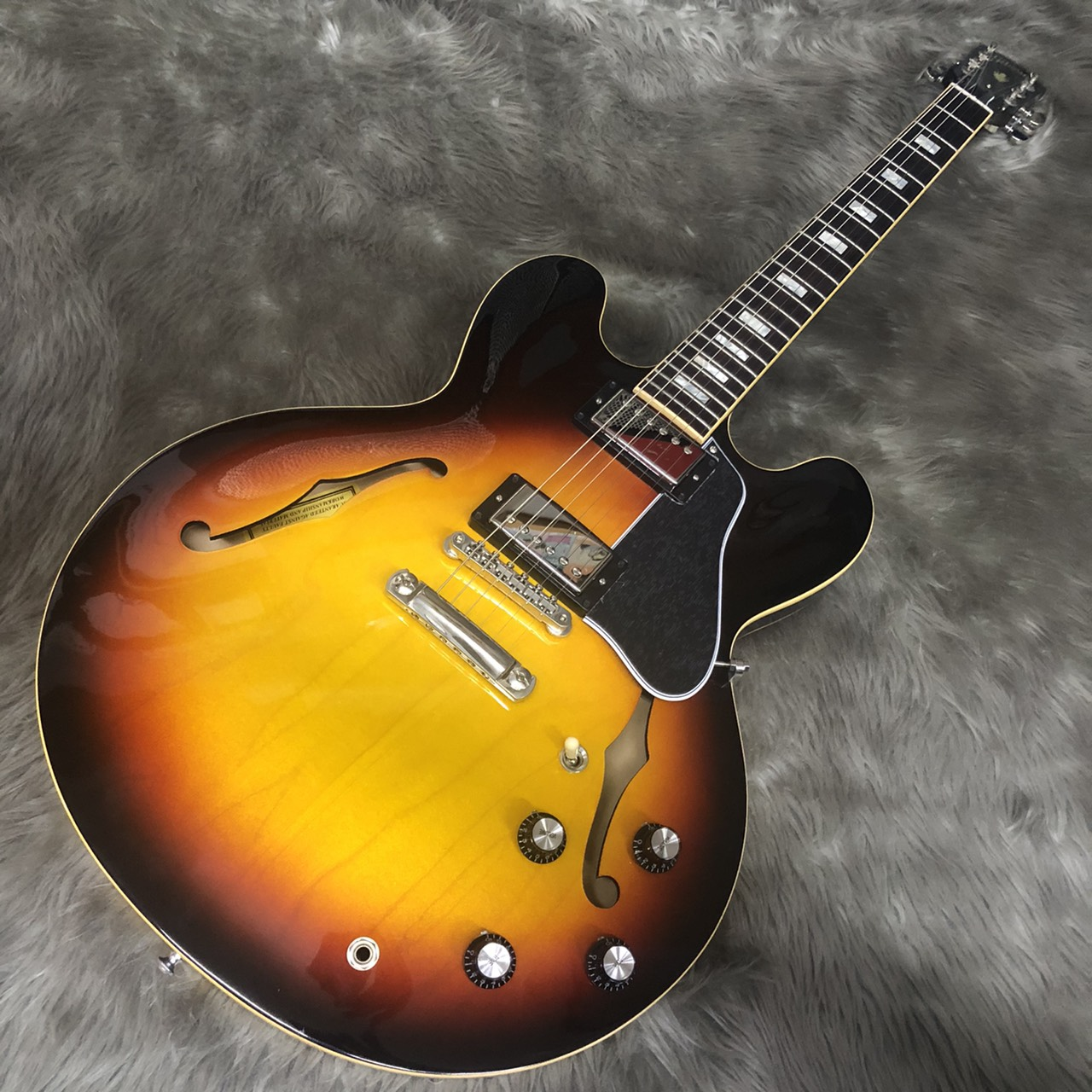 Gibson ES-335 TRADITIONAL ASB