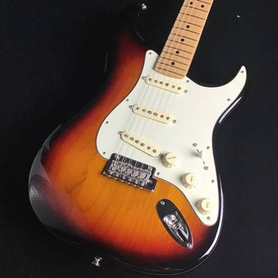 Fender Amrican Professional Stratocaster 3-color Sunburst Maple 3TS